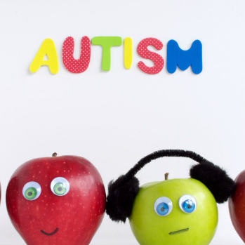 People with autism help train 1000 NHS and social care staff